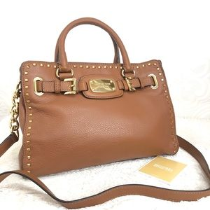 🌸OFFERS?🌸Michael Kors Pebbled Leather BrownPurse